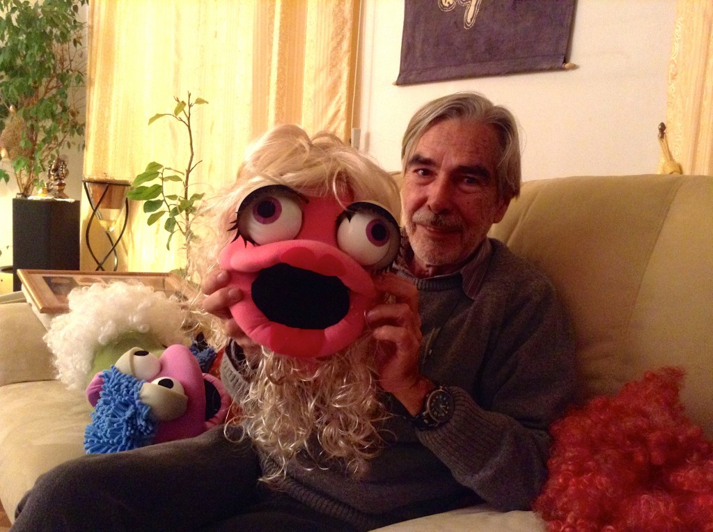 Enrique Nicanor, the creator of the Nuts! puppets